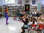 Cuenta cuentos en la biblioteca