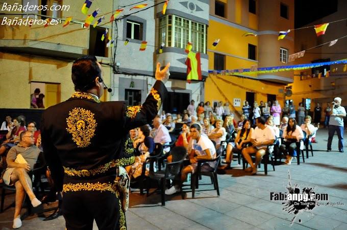 Entrega de Trofeos & Actuación Tony Ranchero Fiestas en Honor a Santa Lucía 2011 El Puertillo