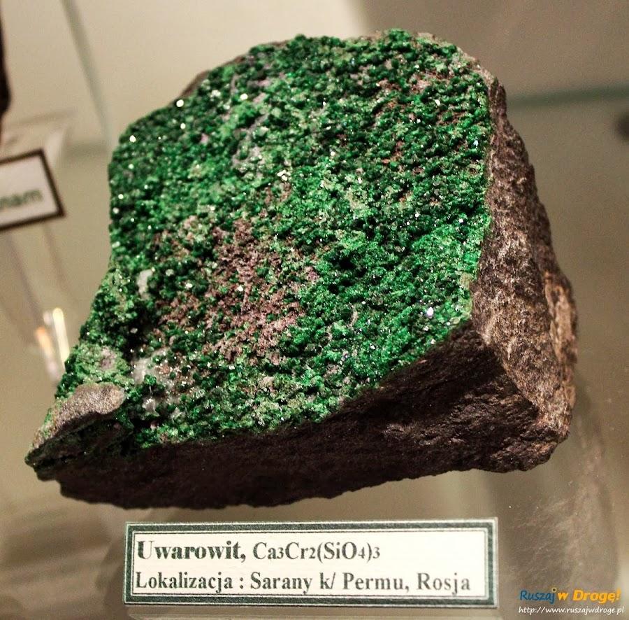 Muzeum Minerałów w Świętej Katarzynie - kamień uwarowit