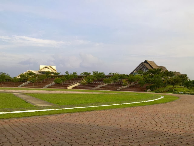 Dataran-Kota-Iskandar-Square