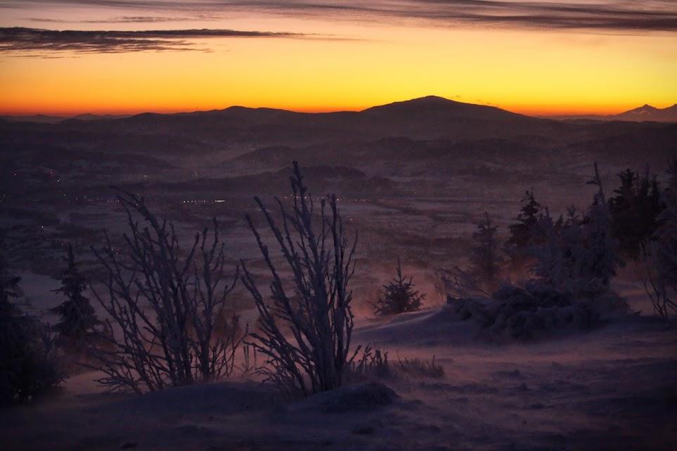 Wschód słońca na Skrzycznem - Babia Góra