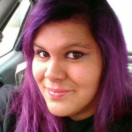 Kimberly Valdez Photo 22
