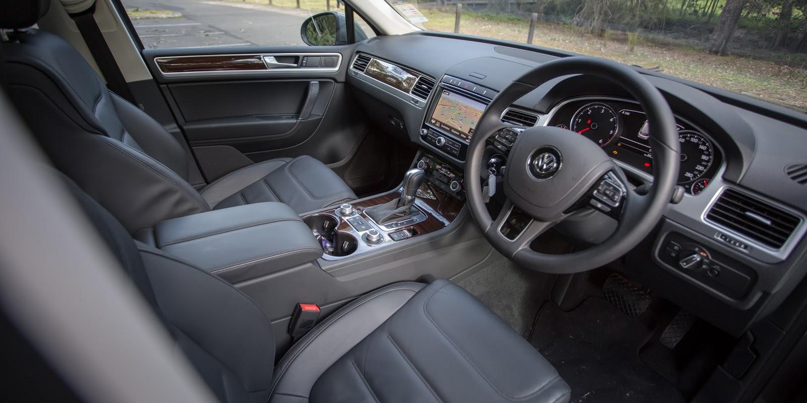 Ngồi bên trong chiếc Touareg 2016 cầm lái chắc chắn sẽ rất tuyệt