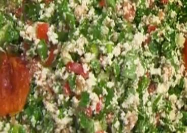 Çökelekli Salata Tarifi