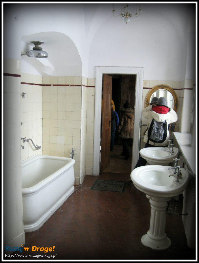 zamek czocha - łazienka w komnacie książęcej