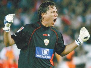 a22747621d2c9 Diego Alves estabelece marca histórica na Espanha