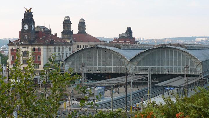 Dworzec Kolejowy - Praga