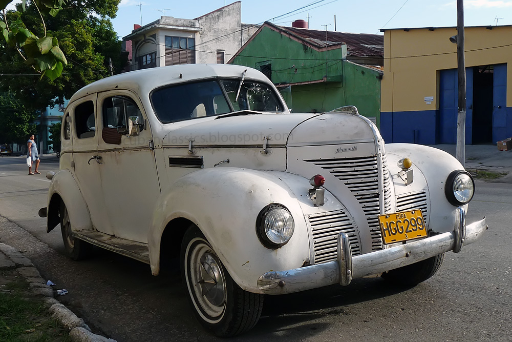 1939 plymouth deluxe 4 door touring sedan cubanclassics for 1939 plymouth sedan 4 door