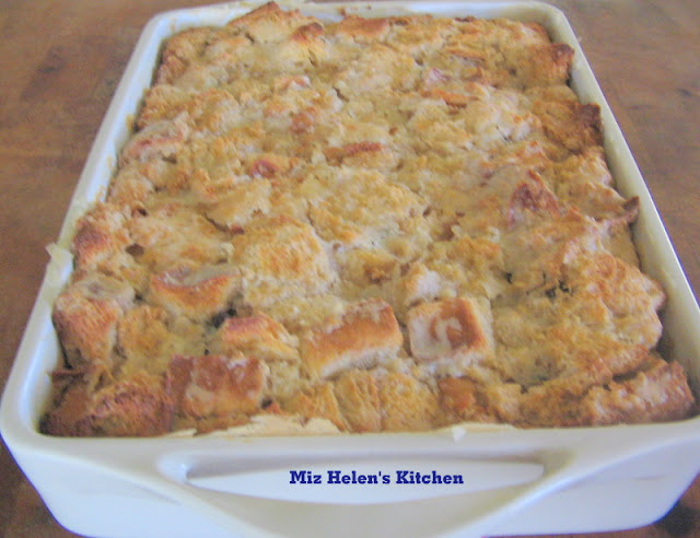 Bread Pudding (Cajun) at Miz Helen's Country Cottage