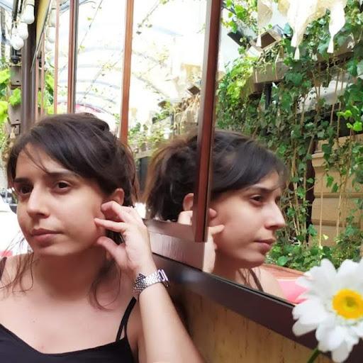 Chiara Borrelli Photo 4