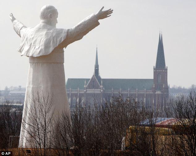 Estatua de Juan Pablo II en Czestochowa(Polonia) ©AP