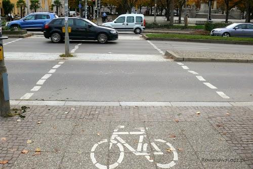 Przejazdy rowerowe są często szersze niż przejścia dla pieszych.