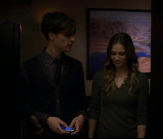 spencer reid and jj. how spencer grabs the board with water result to read it himself instead of letting doctor it. but yeah, if you 20.000 words per minute\u2026 reid and jj