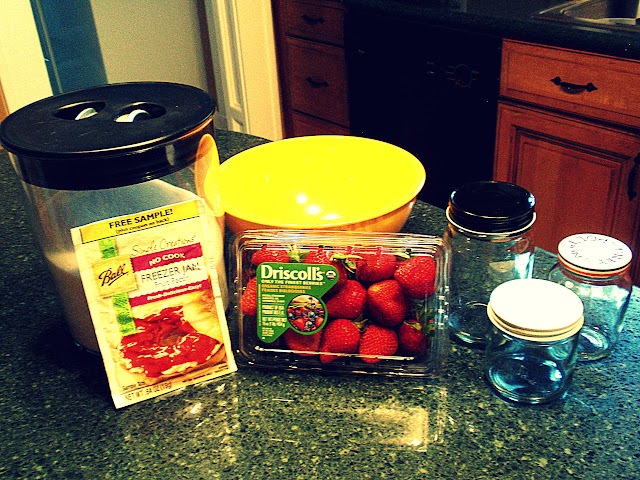 making strawberry freezer jam