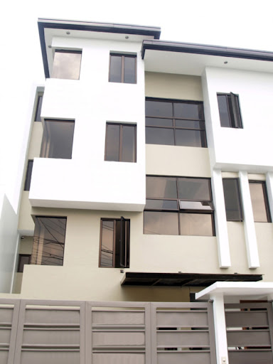 5 Townhouse Units @ Kapitolyo, Pasig City