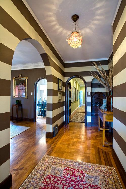horizontal stripes archives design chic design chic. Black Bedroom Furniture Sets. Home Design Ideas