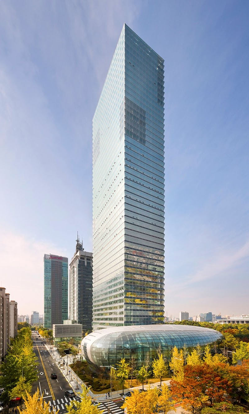 Seul, Corea del Sud: Federation of Korean Industries Tower by Adrian Smith + Gordon Gill