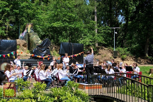 Jeugdorkestendag Fanfare Vriendenkring overloon 28-05-2012 (21).JPG