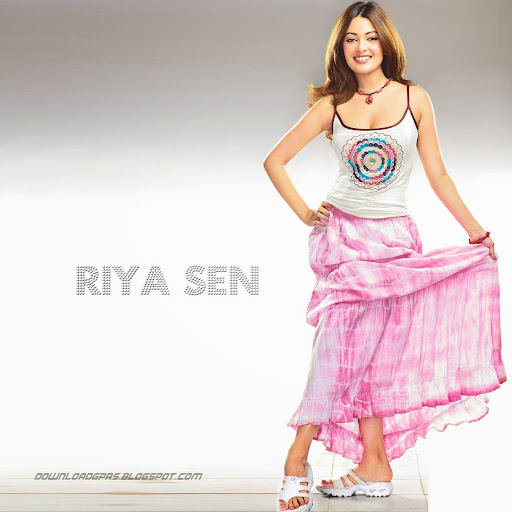 Riya Sen Photos