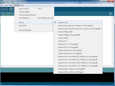 Primera ejecución del IDE de Arduino y configuración inicial para desarrollar proyectos hardware