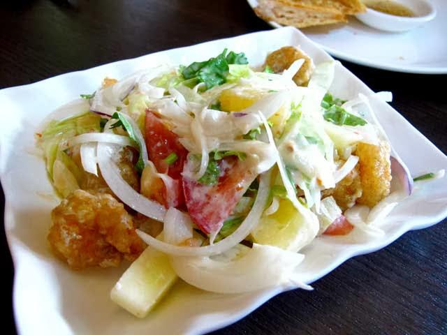鳳梨蝦球沙拉-二分之一泰式小館,台中泰式料理餐廳