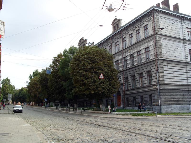 Львов. Улица Замарстыновская