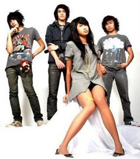 FOTO BAND VIERRATALE Video Youtube Lagu Terbaru 2013
