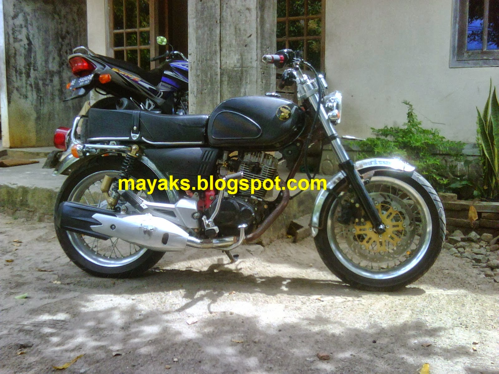 103 Modifikasi Motor Honda Cb Dream Modifikasi Motor Honda CB Terbaru