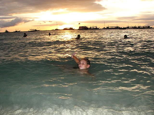 Из зимы в лето. Филиппины 2011 - Страница 7 IMG_0005%252520%25252812%252529