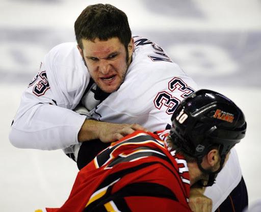 https://lh5.googleusercontent.com/-AdJNSZ_kWFM/Thz4avSm2ZI/AAAAAAAAD3U/zqkfZLO962o/Oilers_Flames_Hockey_28783c.jpg