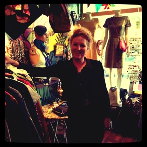 Aveceva Second Hand Shops Hoochie Mama Jane Frida Marina 17,409 likes · 149 talking about this · 1,035 were here. aveceva blogger