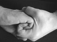 μαιάνδριο λαβή,χούφτα γαντζωμένη μεσ' στην άλλη,πάλη,ανύψωση του ανθρώπου,Maiandrios handle handful,hooked 'on the other, wrestling, lifting human