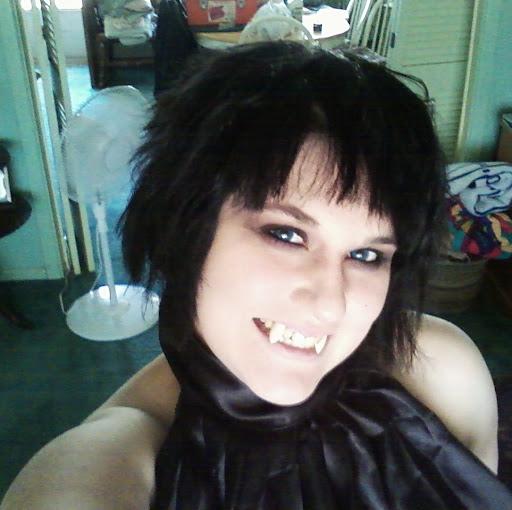 Courtney Hartford Photo 2