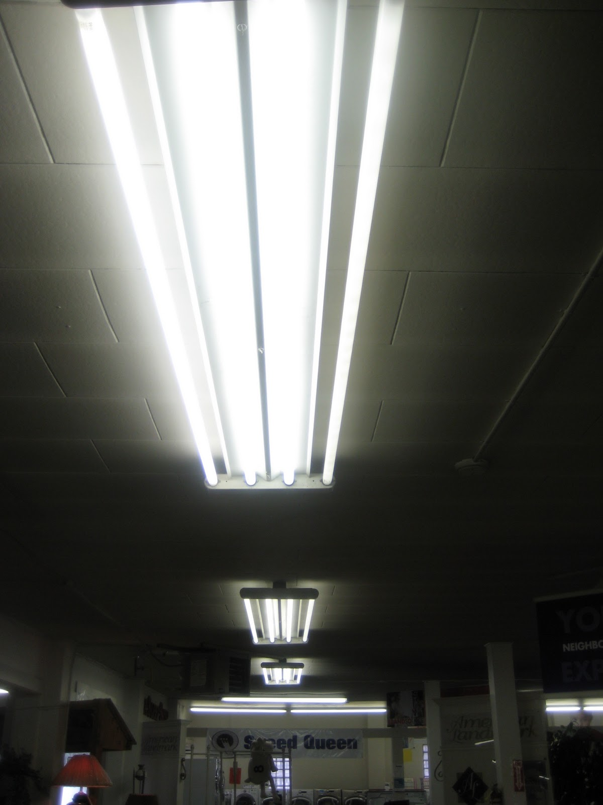 Boise lighting 8 foot light fixture upgrade beforeg arubaitofo Images