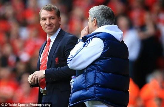 Dứt điểm hay, Chelsea đánh sập Anfield
