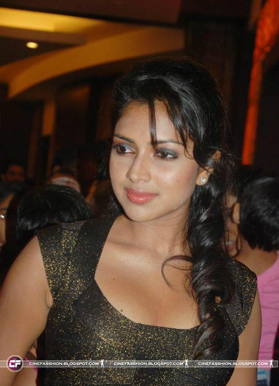 vettai Actress Amala Paul Latest Photos