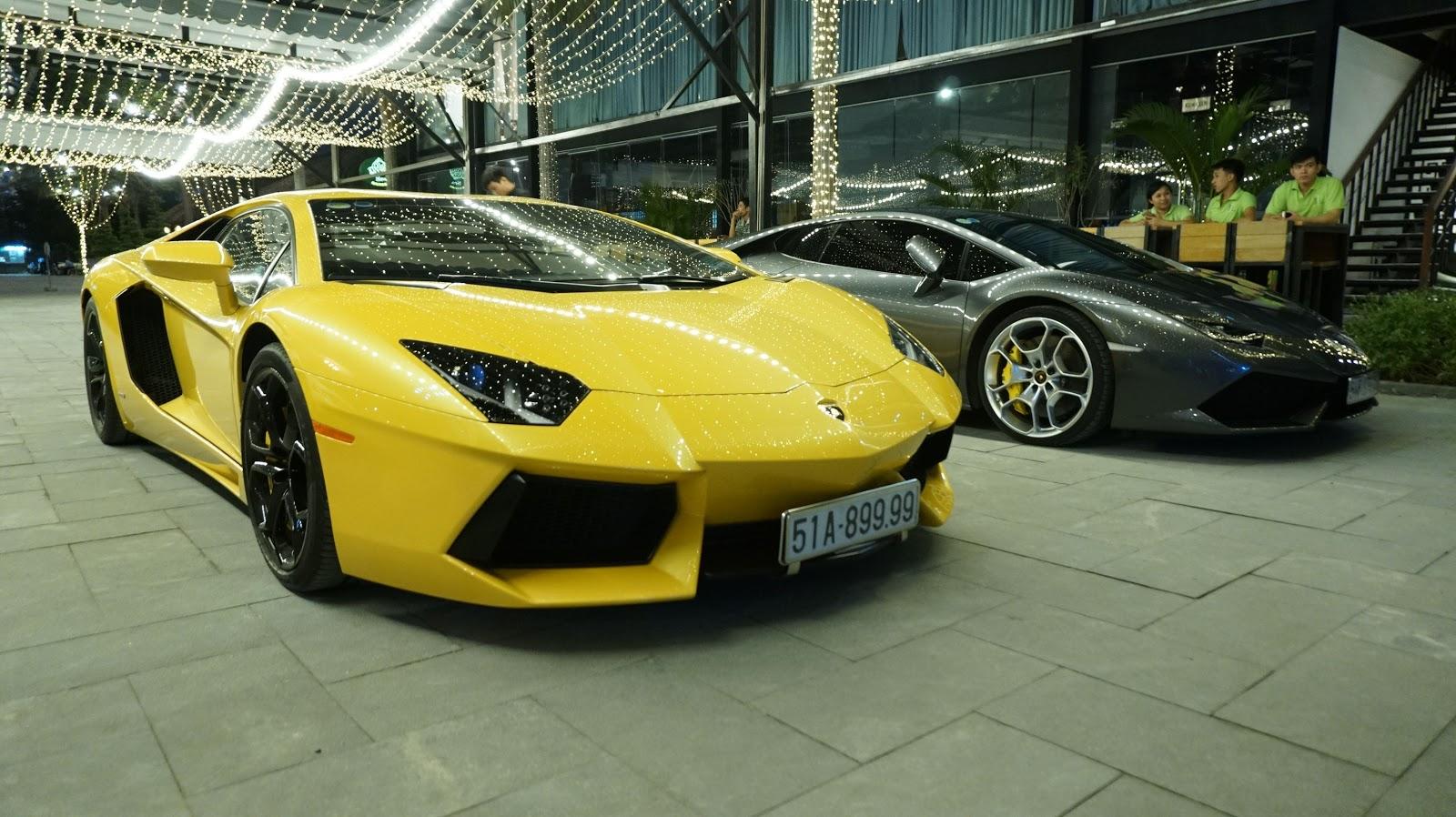 Aventador vàng là siêu xe thường xuyên ra đường nhất tại Phú Mỹ Hưng