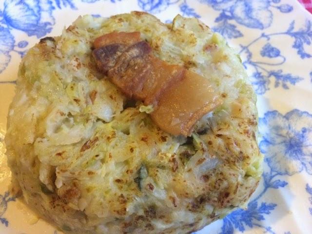 Col de invierno con patatas y panceta de cerdo,