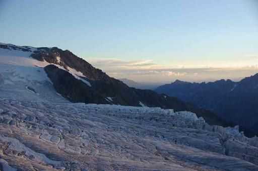 Les séracs du glacier du Tour au crépuscule, du refuge Albert Ier