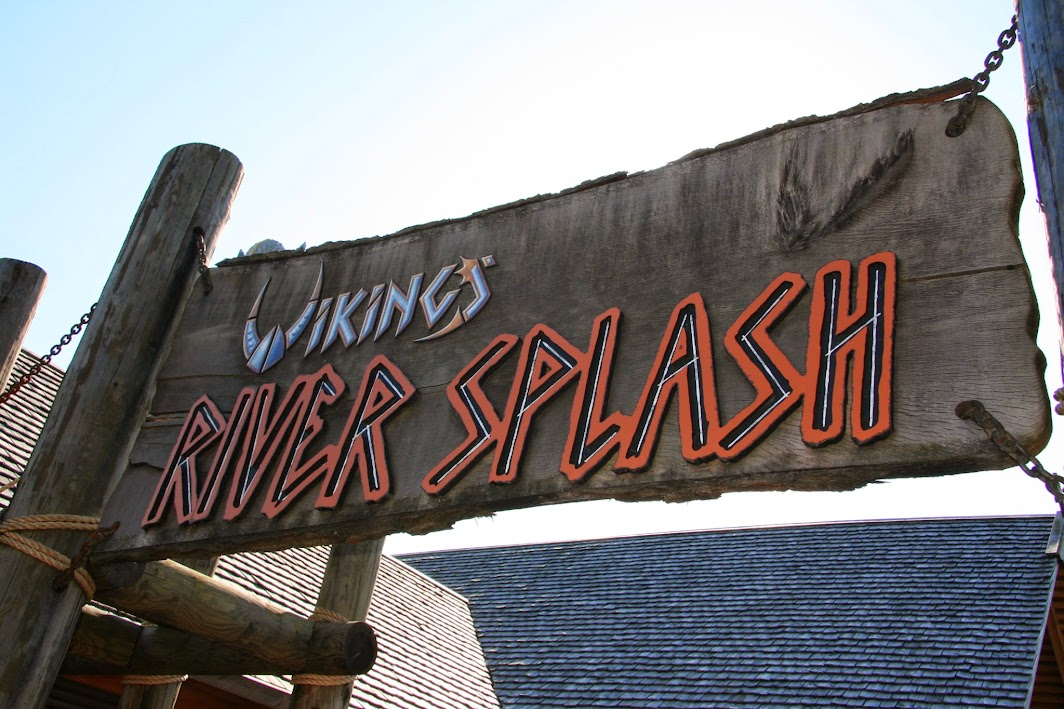 legoland Vikings river splash attraction