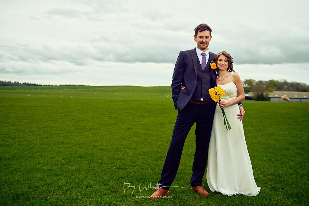 IMAGE: https://lh5.googleusercontent.com/-B0pQT6_7yZ4/U0nvGppqBgI/AAAAAAAAQGo/COfIw2l1fHs/w1024-h683-no/Becky+and+Kev+Wedding+Apr+12+170408-76187D.jpg