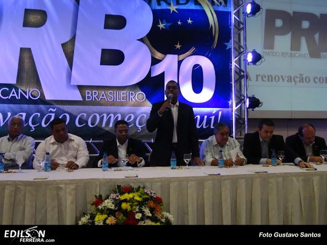 Edilson Ferreira em discurso no seminário