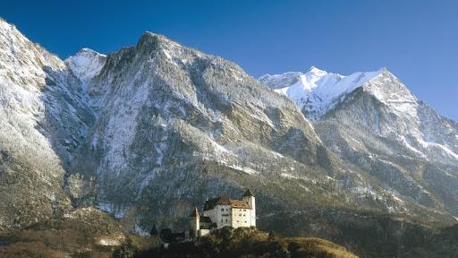 Gutenberg Castle, Balzers, Liechtenstein.jpg