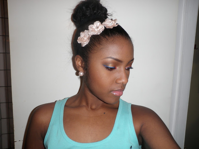 GlamorousGia makeup look with pink and blue eyeliner and flawless face Milani, Black Opal, AVON, NYx and essence.