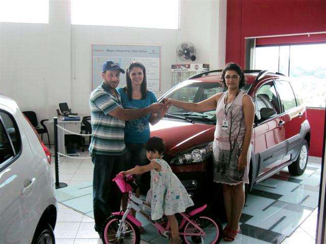 Carboni Fiat distribuiu bicicletas para filhos dos clientes no Dia das Crianças DSC09965