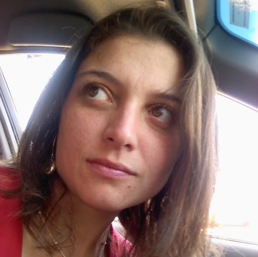 Claudia Basulto