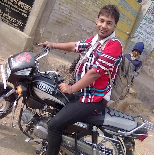 Deepak Tak Photo 11