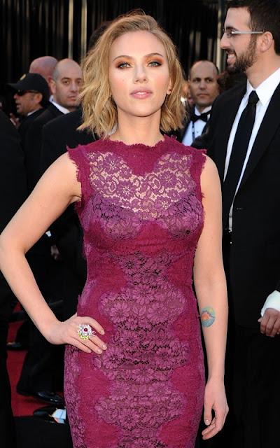 Scarlett+Johansson+oscars+2011 Oscars Beauty 2011: Scarlett Johansson