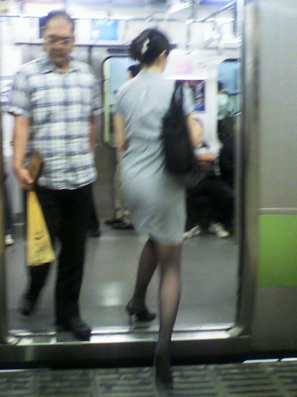 platform at station vol.2 part 4:upskirt,picasa0