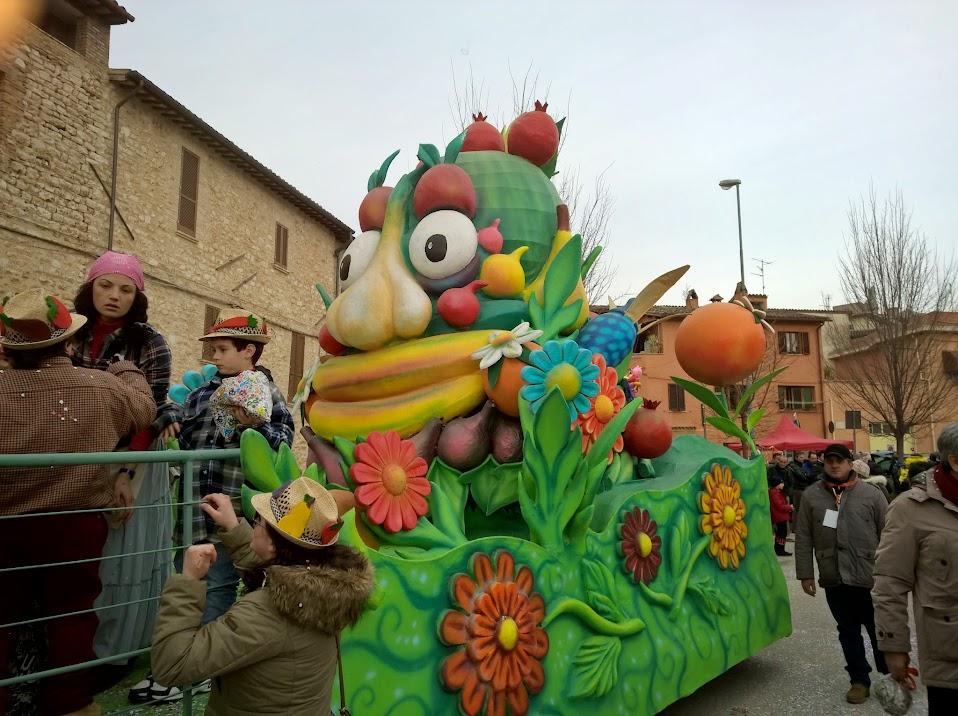 Sant'Eraclio: il carnevale, sfilata 15 02 2015
